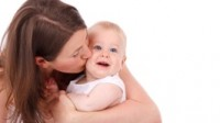 266x150Mother_Kissing_Baby